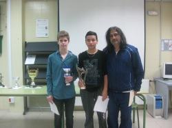 Soufian El Allali y Aarón Quemada con Eloy